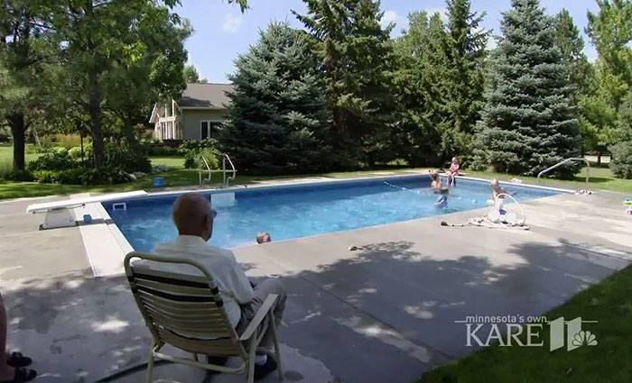 94-Year-Old Man Builds Pool In His Backyard For Neighborhood Kids So He Wouldn't Be Lonely After Wife Died
