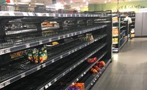 Este supermercado quitó todos los productos procedentes de otros países de sus mostradores para demostrar algo importante sobre el racismo