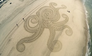 I Use Environment As Canvas For My Large-Scale Sand Drawings
