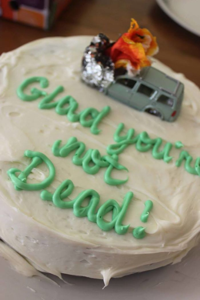 "Wife Bakes Fun Cakes To Her Husband To Let Him Know That She's ""Glad You're Not Dead"""