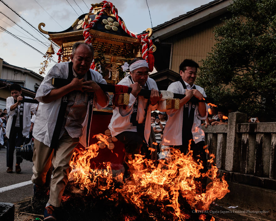 Three Lions Running Through The Burning Fire