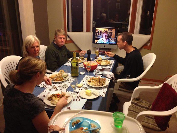 Mi suegra ha cenado con nosotros virtualmente en Acción de gracias