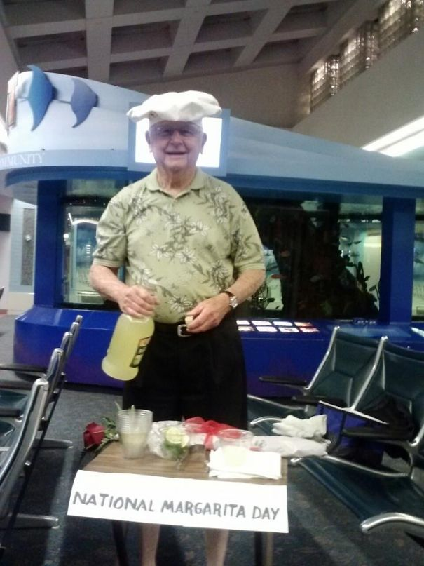 This Is How My Friend's Dad Greeted Her At The Airport Yesterday. Best Dad Ever