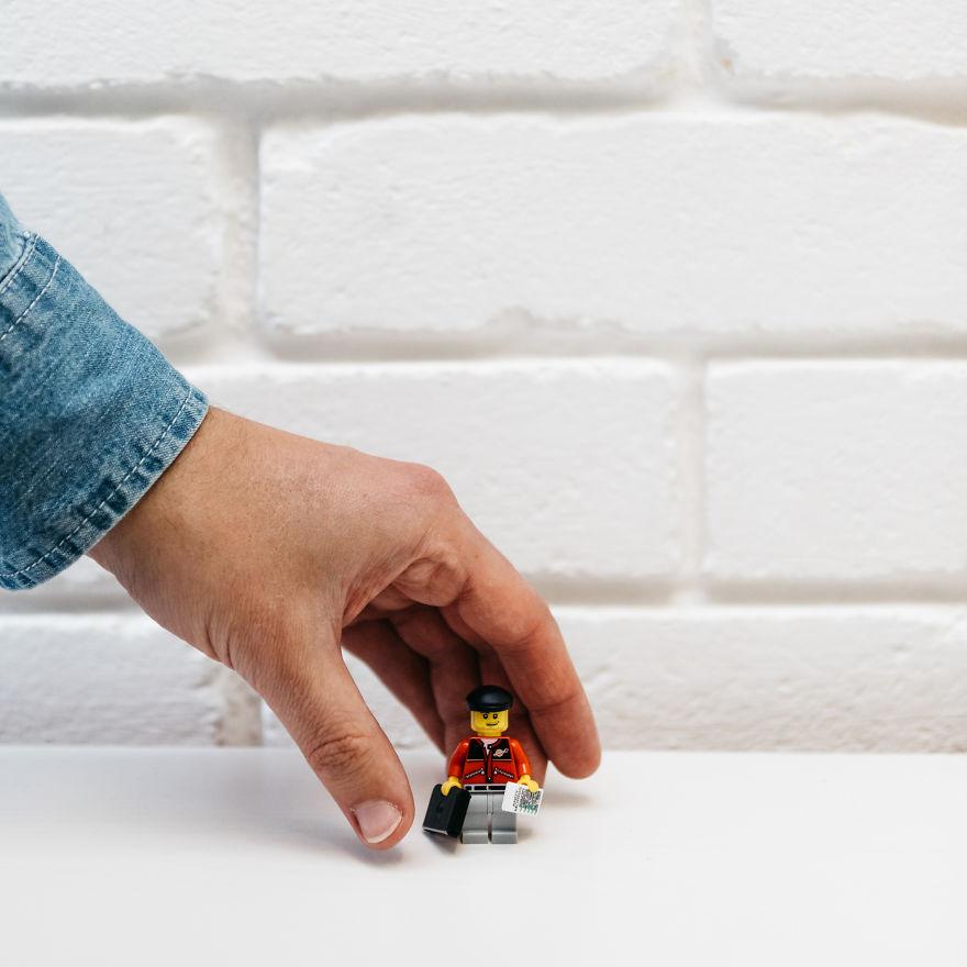 """CV'sini Lego'dan Yapan Tasarımcı """"Andy Morris!"""" 3"""