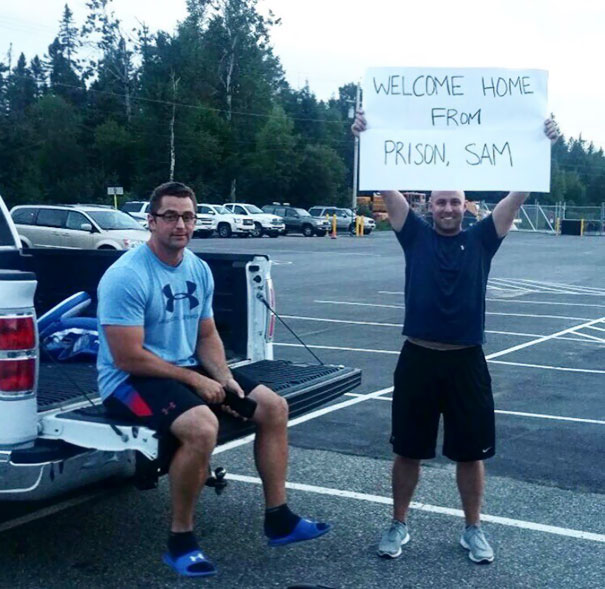 """I Believe All Teammates Should Have A Nice """"Welcome Home"""" Sign When They Arrive At The Airport"""