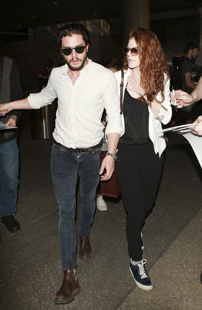 Jon Snow And Ygritte Just Made Their Engagement Official With An Advert In London Newspaper
