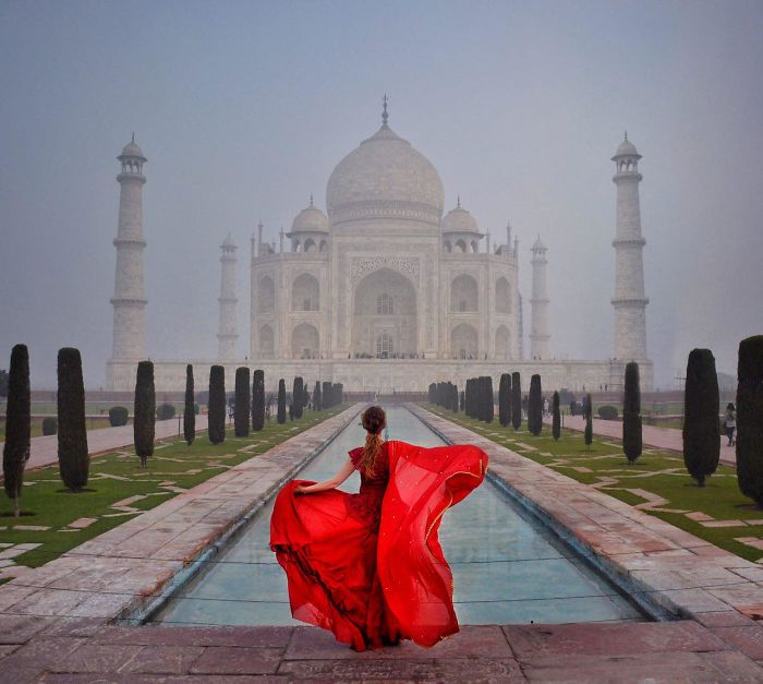 Taj Mahal Famous View