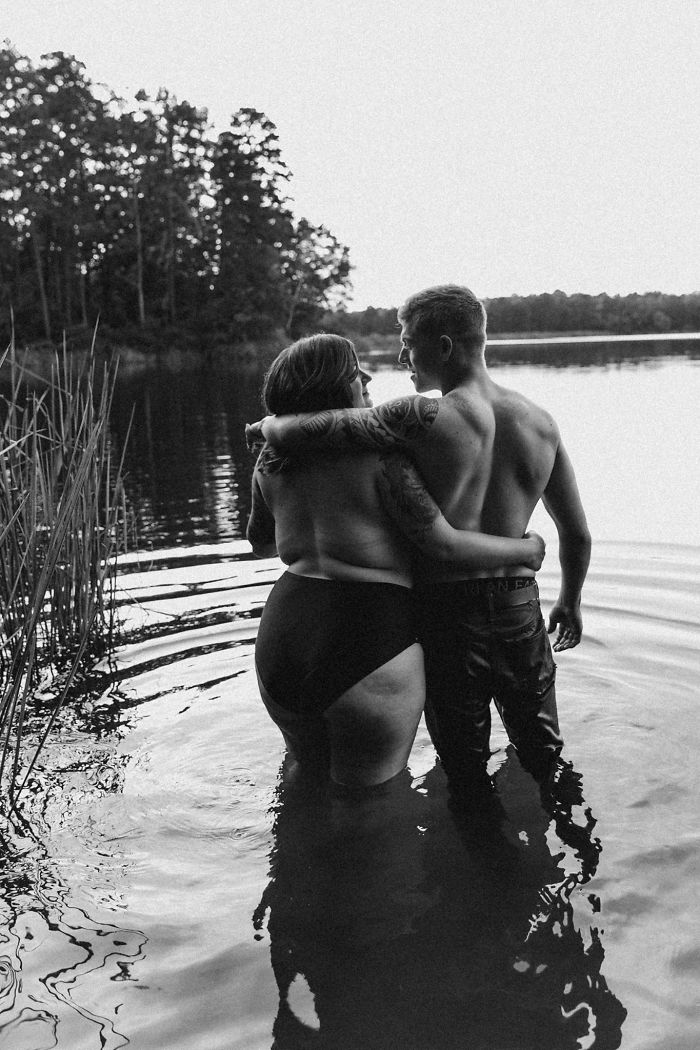 This Woman Was Nervous About Her Photoshoot With Fiancé, But The Result Won The Internet