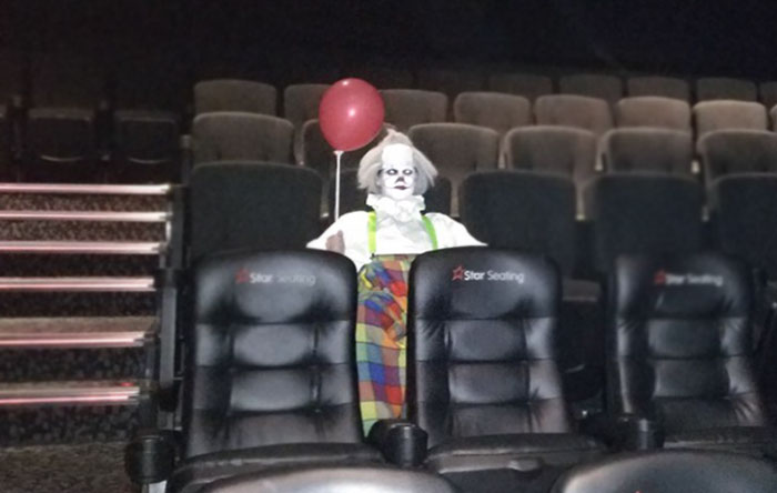 "Guy Arrives First At ""It"" Screening, But There's A Terrifying Clown In The Movie Theater Already"