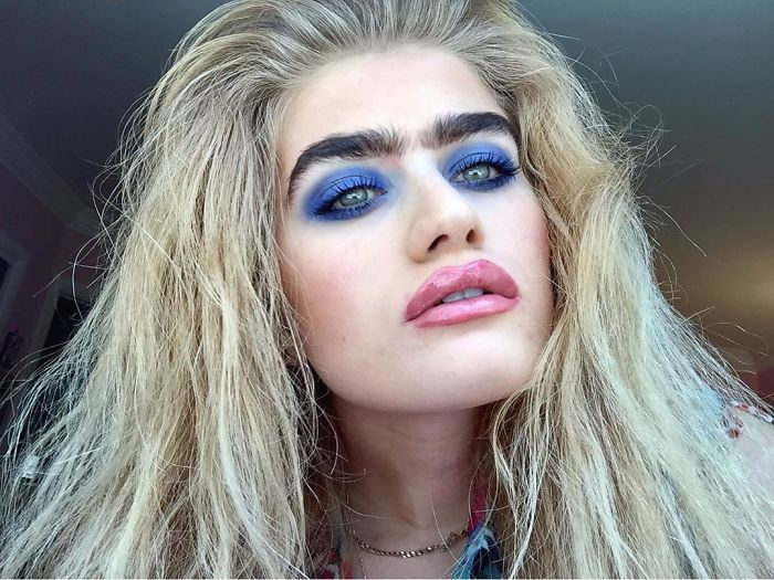 Model Refuses To Pluck Her Unibrow Challenges Beauty