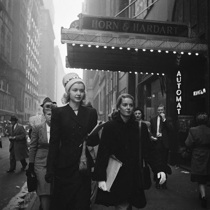 Girls, 1940