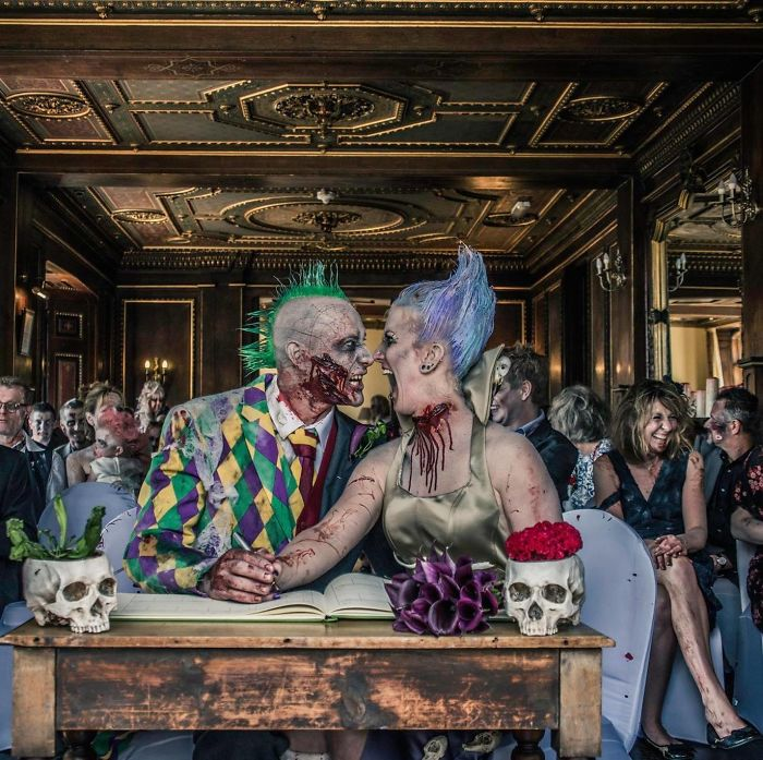 Creepy Wedding: Bride And Groom Get Married In The Style Of The Walking Dead Series