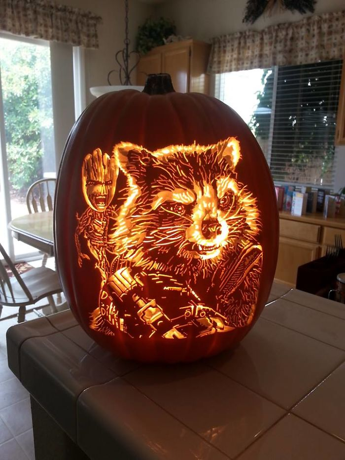 Artist Uses Pop Culture As A Theme To Sculpt His Pumpkins