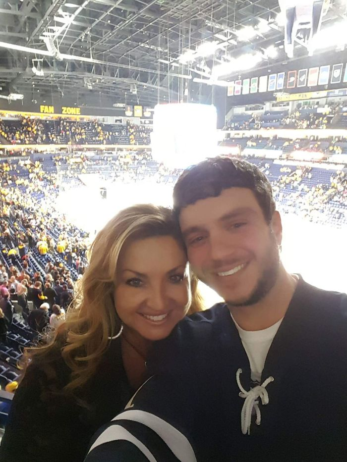 Sonny Melton With His Wife, Heather. He Was Sadly Killed While Covering His Wife During The Las Vegas Shooting