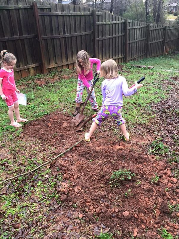 Uncle Buried His Nieces' Presents In The Backyard