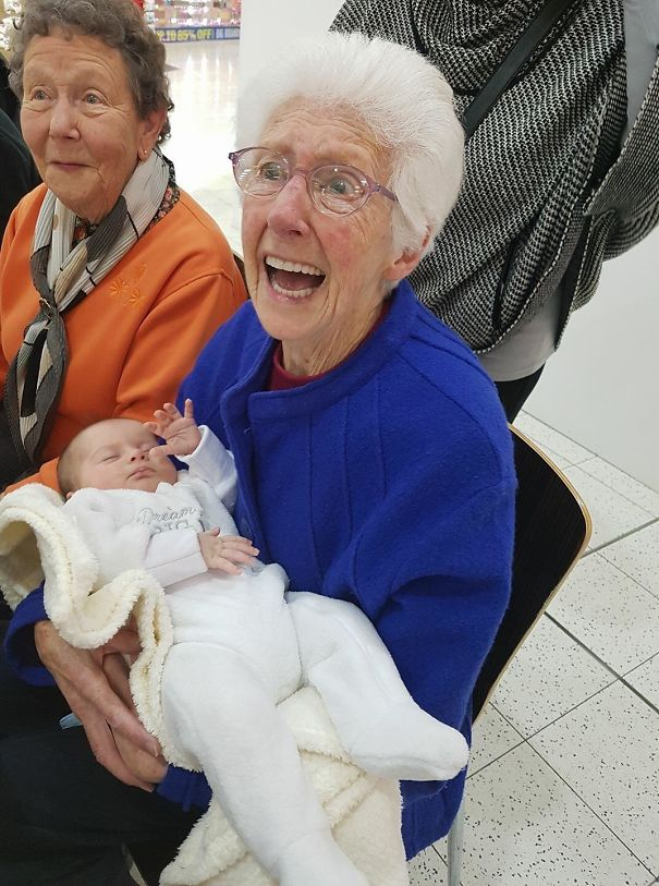 My Grandma Meeting Her Great-Granddaughter For The First Time In A Surprise Visit