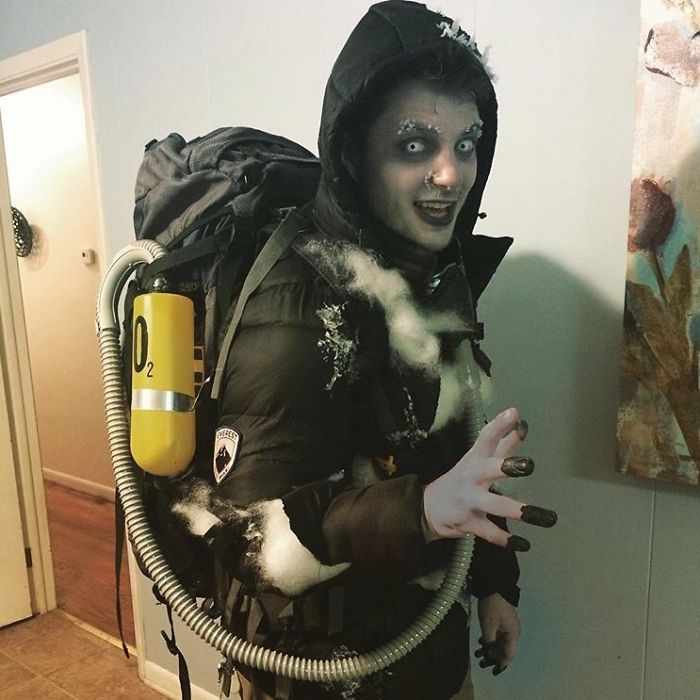 Pretty Unique Halloween Costume - Dead Body On Mount Everest