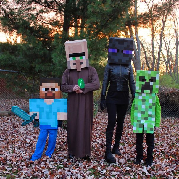 We Are Big Minecraft Fans! Our Family Decided To Create Costumes And Dress Up For Halloween This Year As Minecraft Characters. Here We Are Dressed As Steve, Villager, Enderman And Creeper