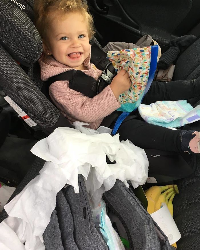 Por eso no hay que dejar abierta la bolsa con las cosas del bebé