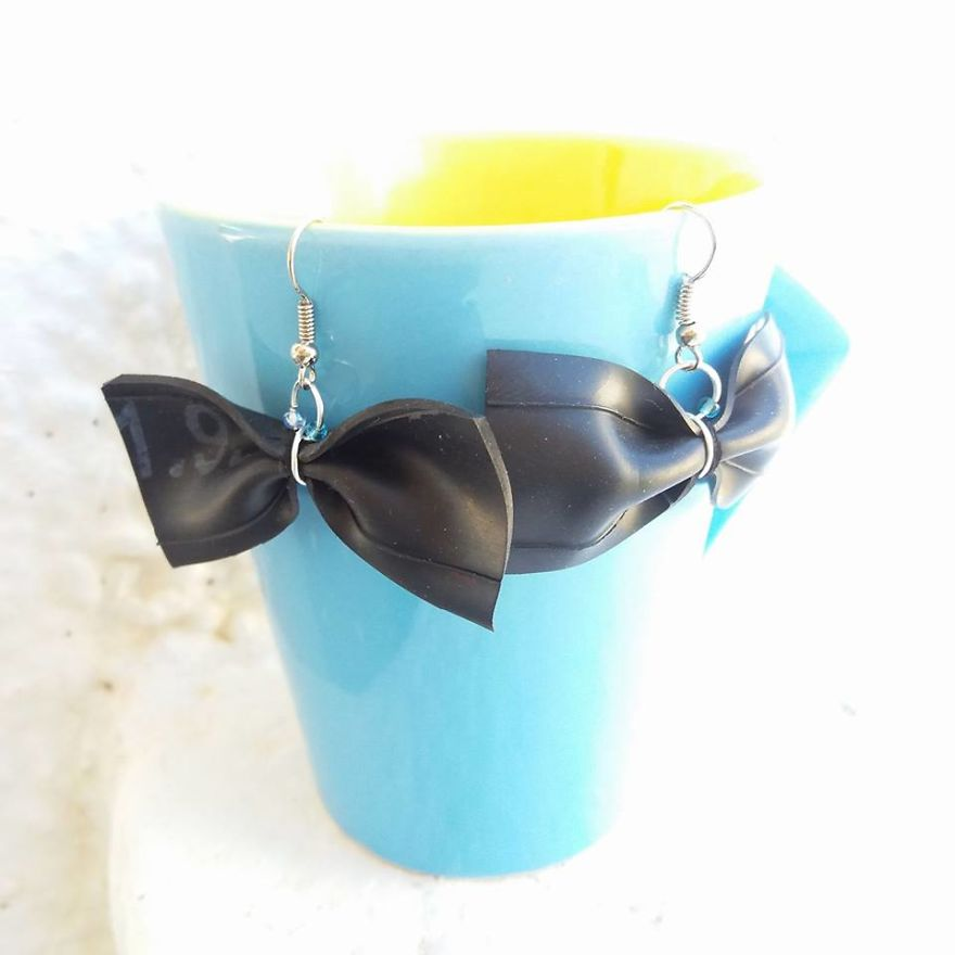 I Make Jewelry And Accessories Out Of Upcycled Bike And Car Inner Tubes