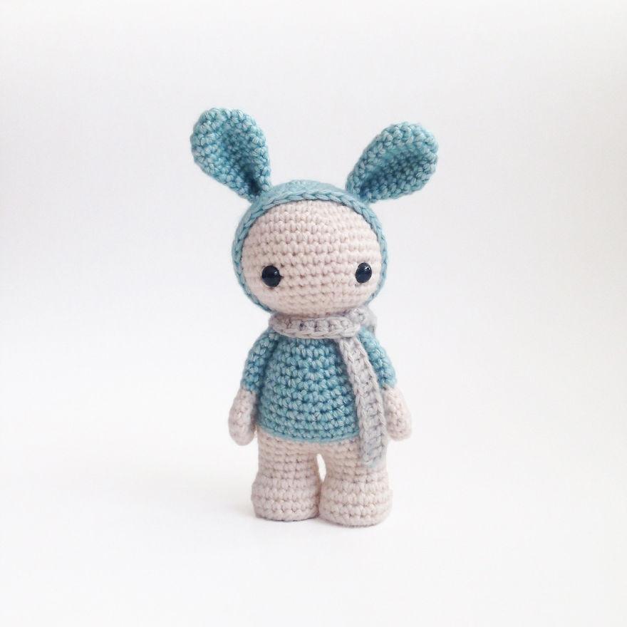Plush bunny in dress | Tığ desenleri, Serbest örgü, Amigurumi ... | 880x880