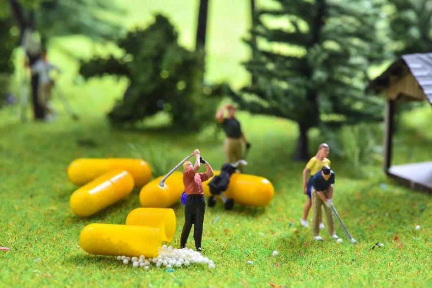 Гольф-клуб Медицины, Крошечные миры из простых окружающих вещей