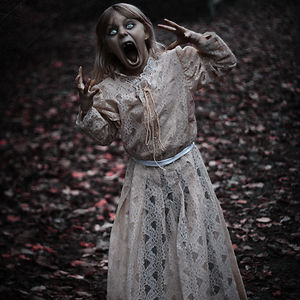 I Take My Kids Halloween To The Next Level With Eerie Photo Shoots