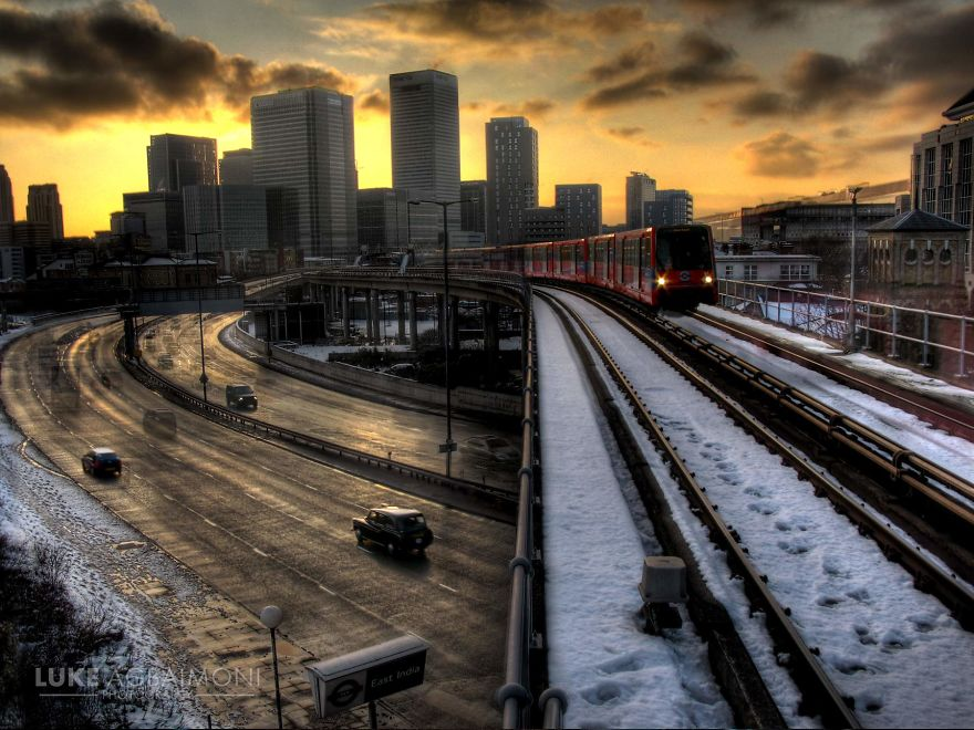 East India Dlr Station - Train In The Snow