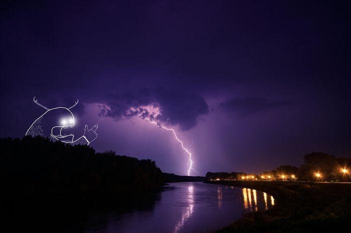 The Crazy Lightning Maker