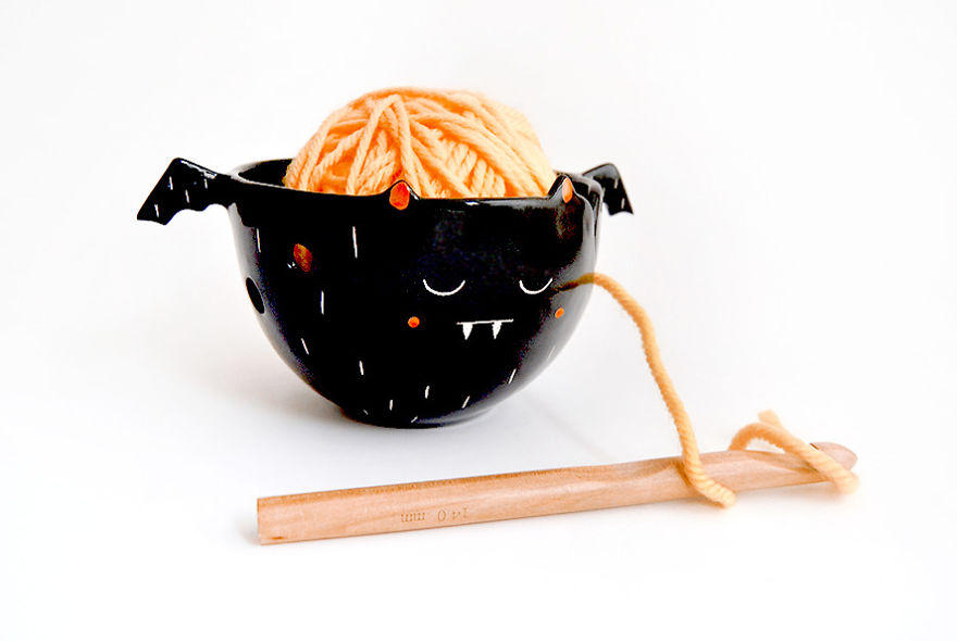 Black Vampire Yarn Bowl