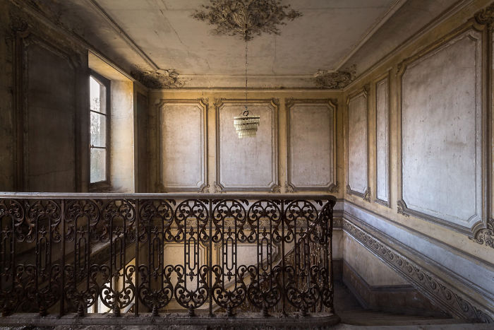 Abandoned Staircase