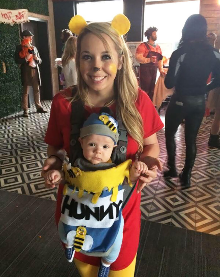 76 Genius Halloween Costume Ideas For Parents With Baby Carriers ... fdb14f6b5e1f