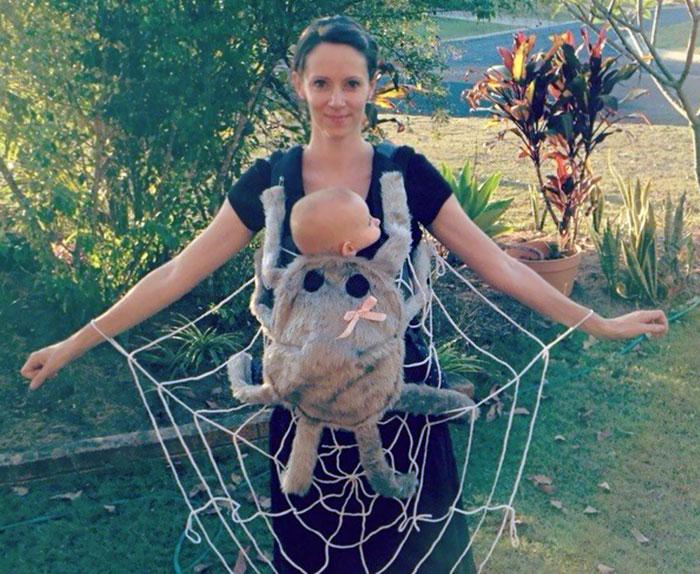 10+ Geniales ideas para disfrazarse en Halloween para padres con portabebés