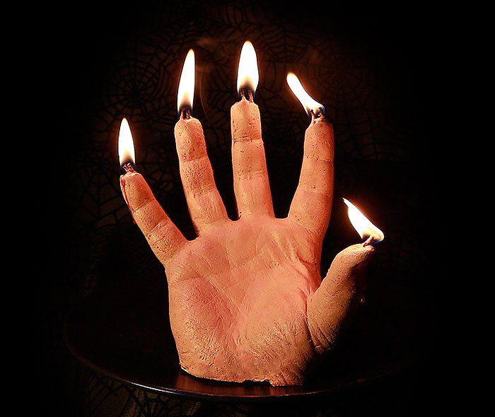 bloody-hand-halloween-candles-creepycandles-1