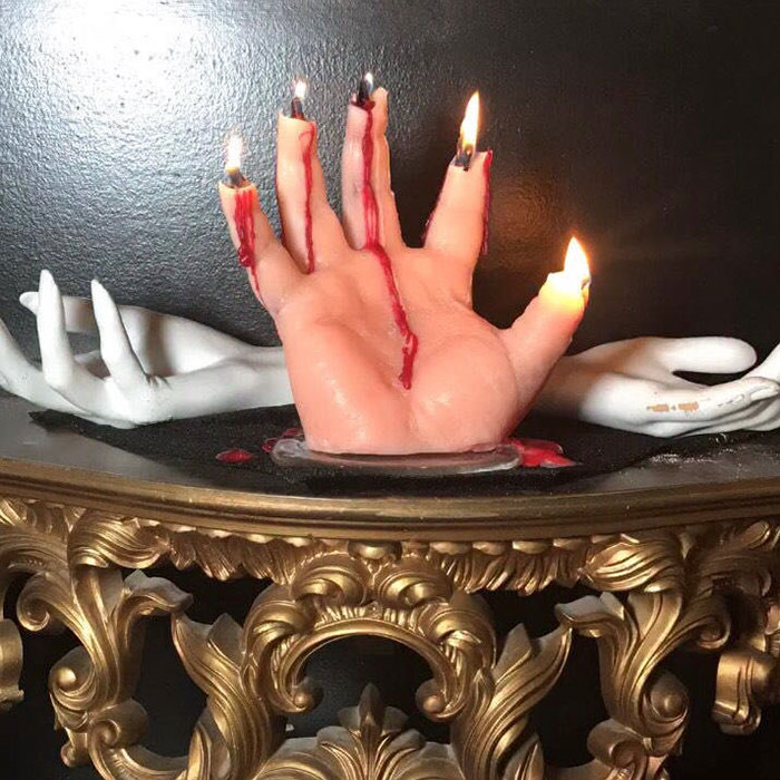 bloody-hand-halloween-candles-creepycandles-3