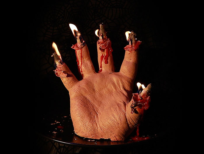 bloody-hand-halloween-candles-creepycandles-7