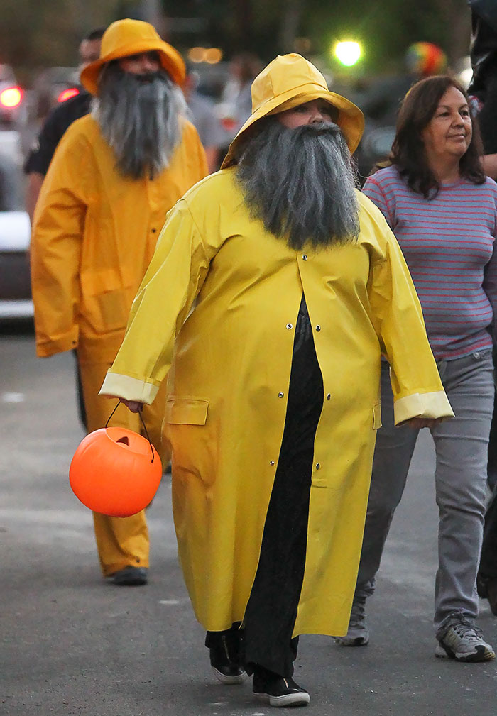 Melissa McCarthy and Sandra Bullock As Fishermen