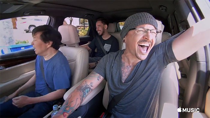 chester-bennington-linkin-park-carpool-karaoke-11