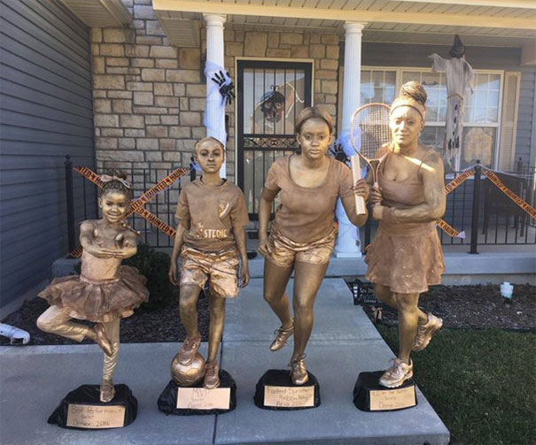 #3 Shout Out To My Nieces Mama This Has Gotta Be The Most Creative Thing Ever... Trophies For Halloween  sc 1 st  Bored Panda & 50+ Times Families Absolutely Nailed Their Halloween Costumes ...