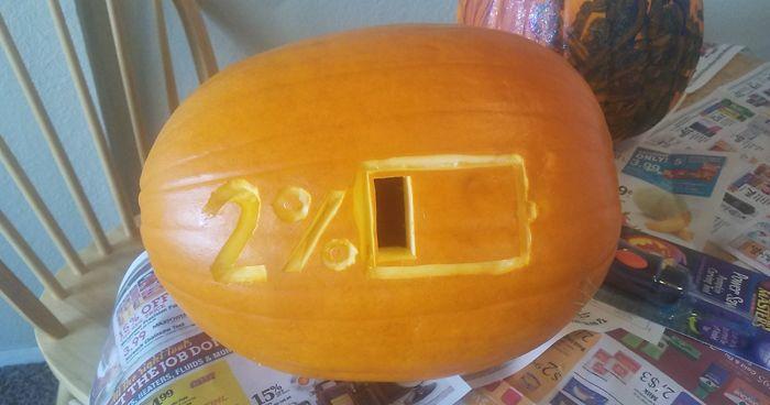37 of the scariest pumpkins ever carved bored panda rh boredpanda com scary pumpkins carvings pattern horror pumpkin carvings