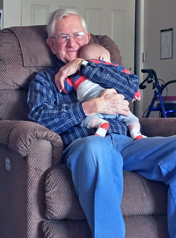 This Picture Of My Grandfather Meeting His Great-Grandson For The First Time