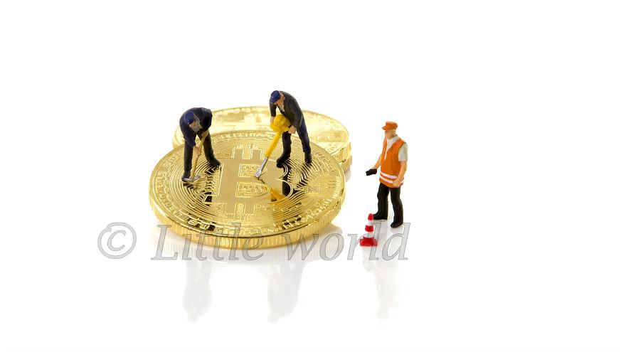 Hacking Bitcoins