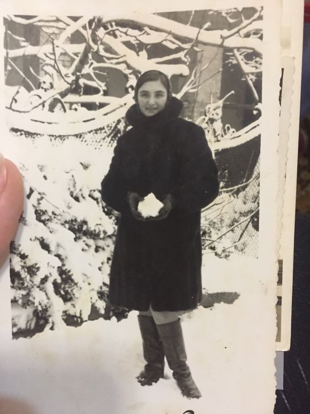 My Grandmother Playing In The Snow (1962)