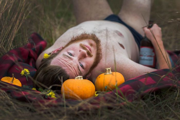 pumpkin-themed-dudeoir-photoshoot-gt-photography-17-59e6f928bf103__700.jpg