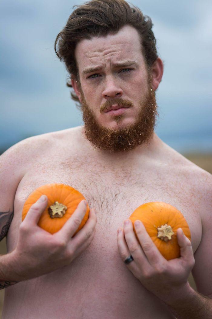 pumpkin-themed-dudeoir-photoshoot-gt-photography-20-59e6f92f95031__700.jpg