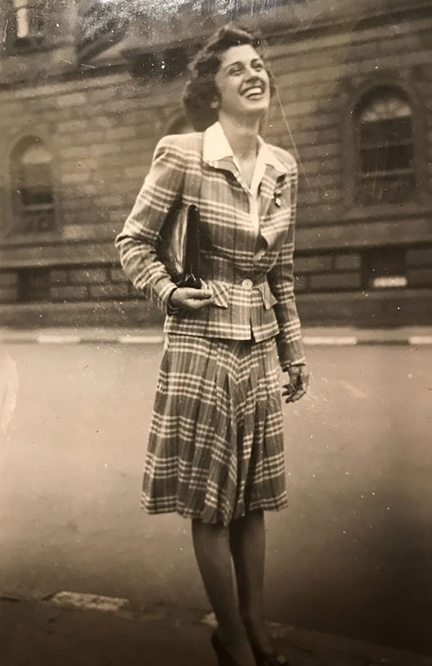 My Grandma Killing The Plaid Game (1942)