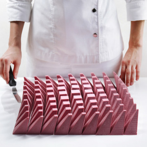 What Happens When Architectural Designer Tries Baking Cakes