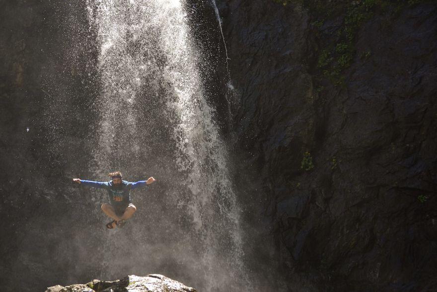 Kazbeki, Gveleti Waterfall