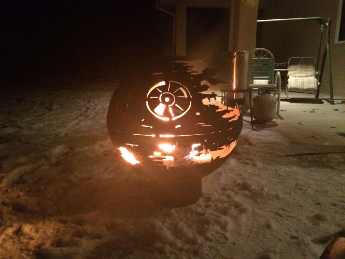 3 Years Ago, A Marine Vet Made A Death Star Fire Pit For His Granddaughter That Lit Up Reddit, And Now She Helps Him Run A Fire Pit Business