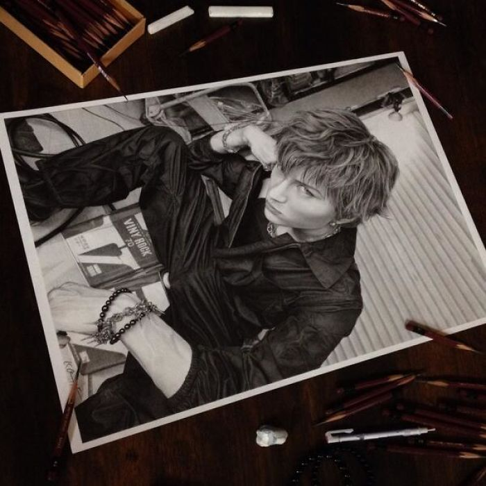 Armed with a box of ultra sharp mitsubishi pencils any page becomes a blank canvas for ohmoris art
